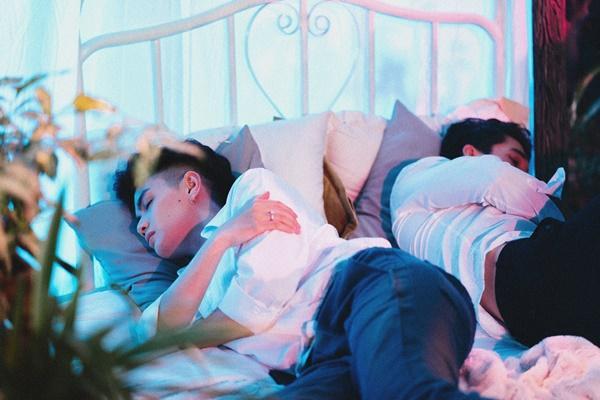 Sau 2 năm cô đơn tột đỉnh, Đào Bá Lộc tiễn nỗi đau tình trong một đêm mưa-1