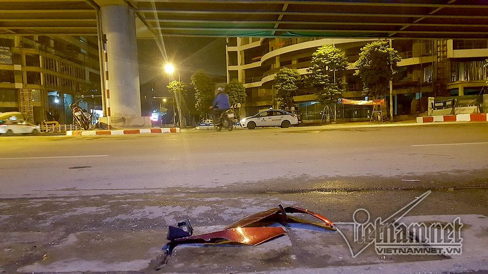 Tai nạn trên cầu vượt Thái Hà lúc nửa đêm, 3 người thương vong-4