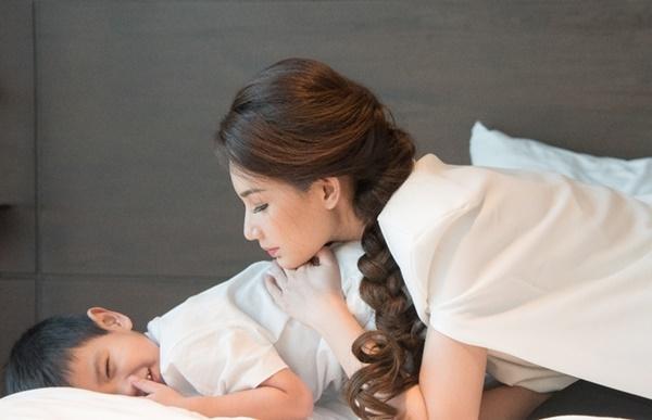 Quỳnh Chi: Thà chịu ế hơi lâu còn hơn phải sống gồng mình
