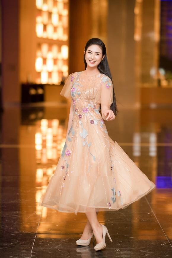 Diện đầm quý phái, Phạm Hương - Đỗ Mỹ Linh chiếm lĩnh ngôi vị sao mặc đẹp thảm đỏ tuần này-7