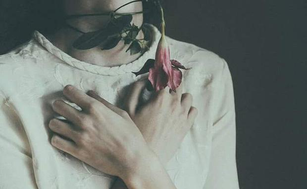 Khi người yêu cũ gõ cửa... bài viết phụ nữ nào cũng nên đọc để không phải lau nước mắt thêm lần nữa-1