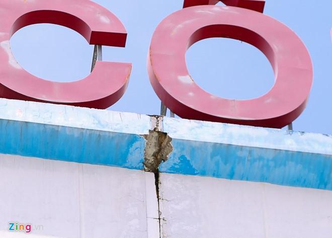 Đại học Hutech lắp lưới bảo hộ tạm thời, ngăn bê tông tiếp tục gây tai nạn-2