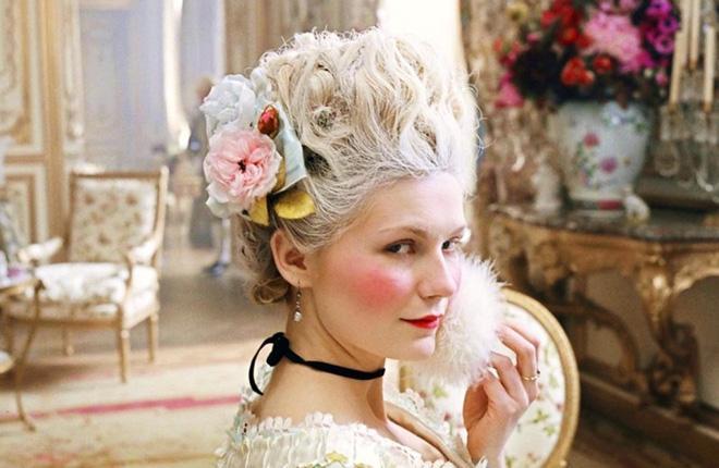 Hoàng hậu tai tiếng bậc nhất châu Âu: Nhan sắc tuyệt trần nghìn người mê đắm, riêng chồng dửng dưng không nhòm ngó-3