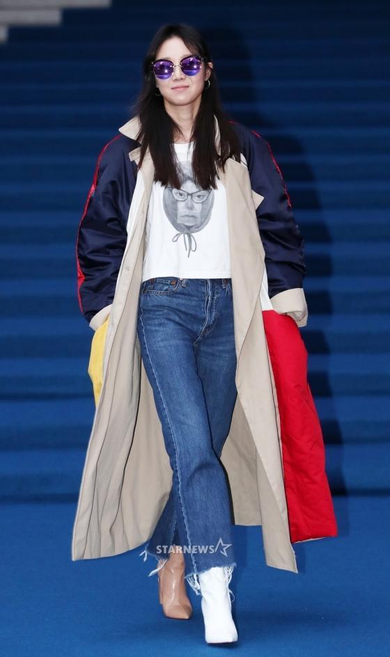 Gong Hyo Jin đầy khí chất, thiên thần Kim Yoo Jung tỏa sáng bên loạt sao Hàn sành điệu tại Seoul Fashion Week-1