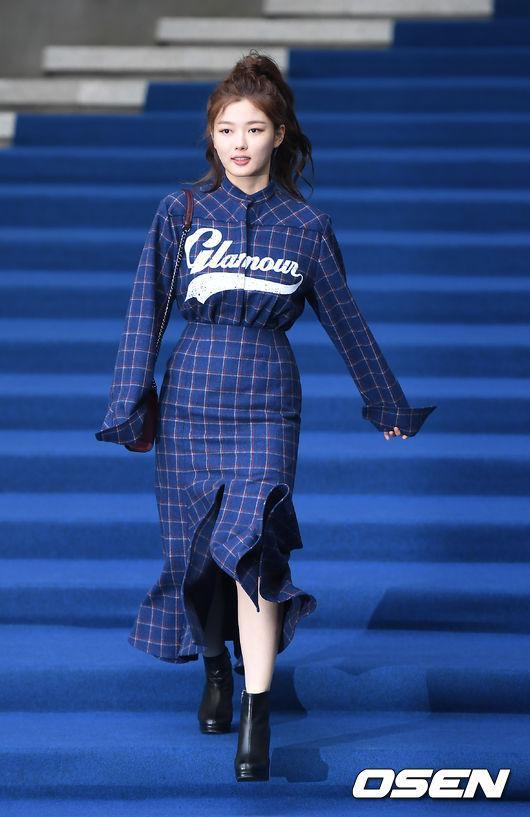 Gong Hyo Jin đầy khí chất, thiên thần Kim Yoo Jung tỏa sáng bên loạt sao Hàn sành điệu tại Seoul Fashion Week-3