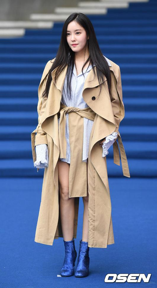 Gong Hyo Jin đầy khí chất, thiên thần Kim Yoo Jung tỏa sáng bên loạt sao Hàn sành điệu tại Seoul Fashion Week-7