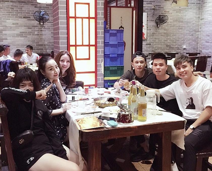 Hot girl - hot boy Việt 20/10: Hot girl Huyền Baby lần đầu cho ảnh quý tử lên sóng-11