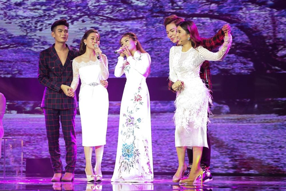Công chúa bolero Hòa Minzy chẳng sợ bị mang tiếng mê trai-3