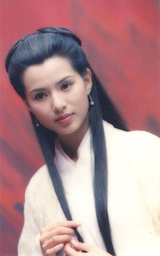 Sau 22 năm, Lý Nhược Đồng lại lần nữa hóa thân thành Tiểu Long Nữ-7