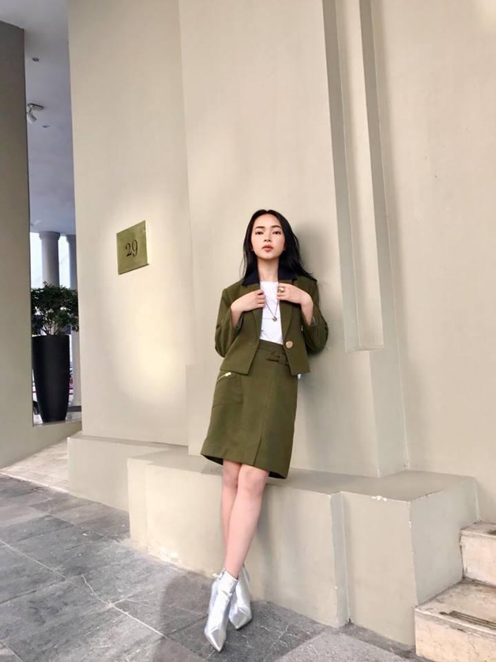 Dàn hot-face Việt diện áo ngắn cũn cỡn, khoe vòng 2 thon gọn trong street style tuần này-1