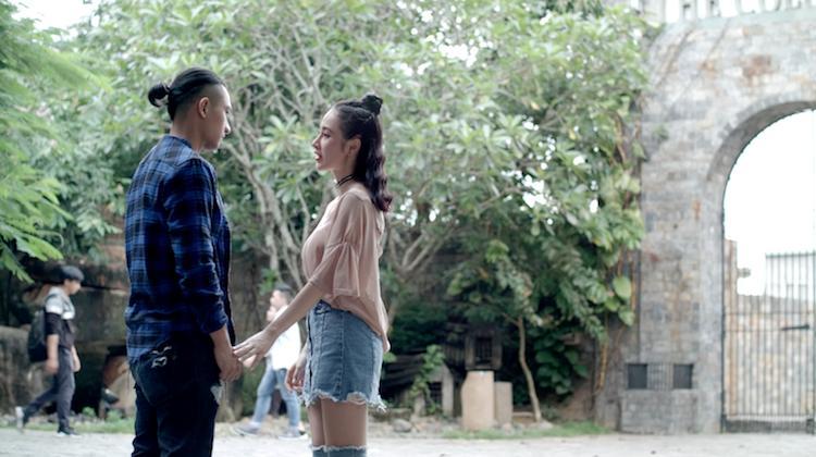 Glee: Sau bao lần từ chối, Angela Phương Trinh cũng xiêu lòng trước Hữu Vi-2