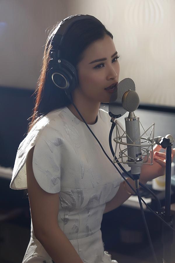 Nhạc phim Cô Ba Sài Gòn được bảo chứng bởi Đông Nhi và Only C-2