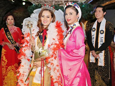 Lộ diện Nữ hoàng Doanh nhân Việt Nam quốc tế 2017
