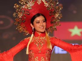 Áo dài nặng 30kg của Huyền My có nhiều khả năng đạt giải Quốc phục đẹp nhất Miss Grand 2017