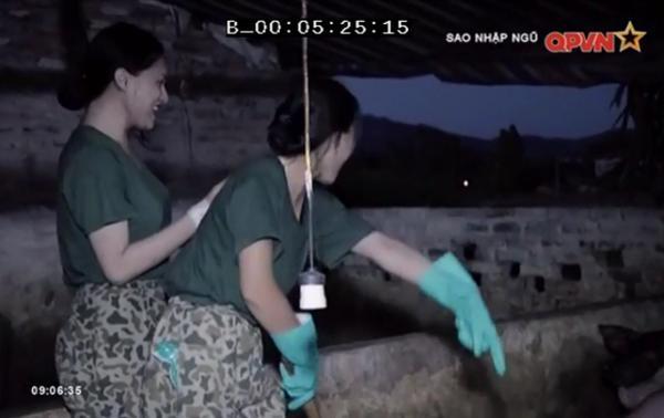 Chết cười khi xem Hương Giang Idol dọn chuồng lợn trong quân ngũ-3