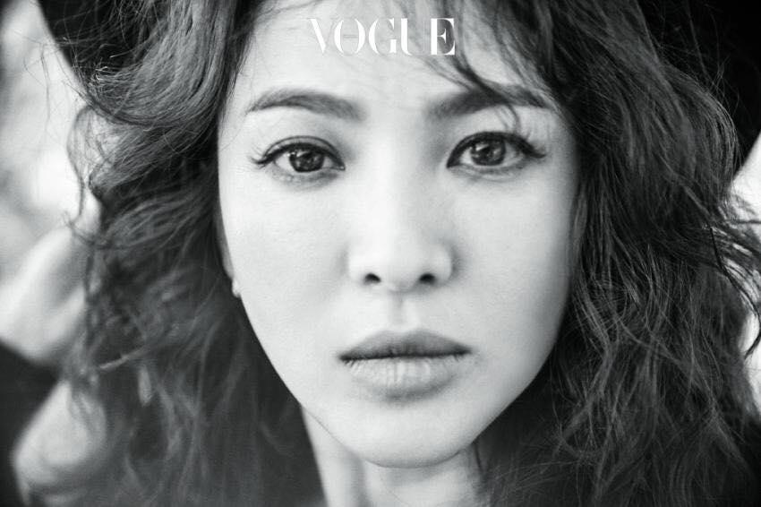 Khách mời sẽ bị chiếu laze nhắc nhở nếu dùng điện thoại chụp ảnh trong đám cưới Song Hye Kyo-4