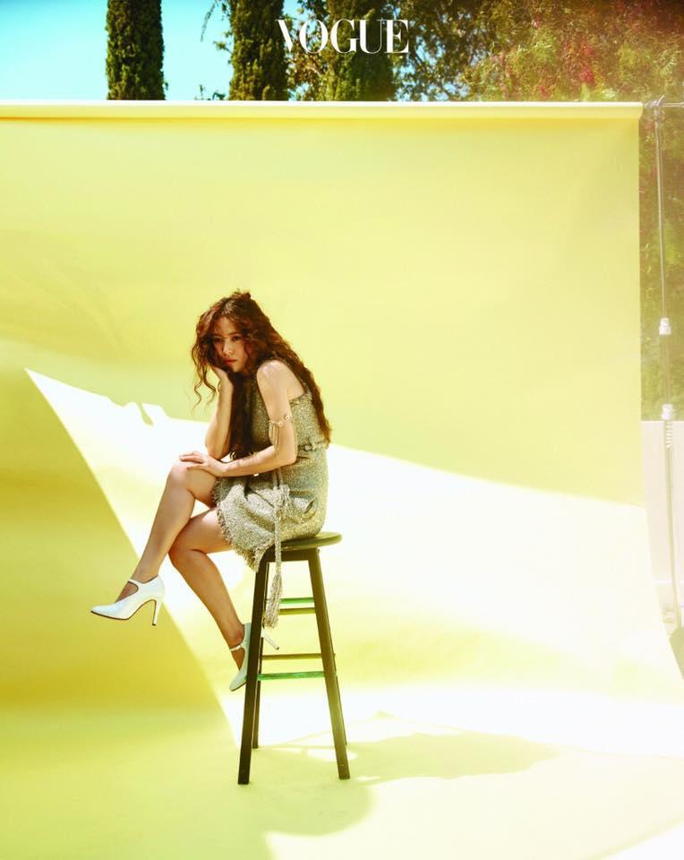 Khách mời sẽ bị chiếu laze nhắc nhở nếu dùng điện thoại chụp ảnh trong đám cưới Song Hye Kyo-6