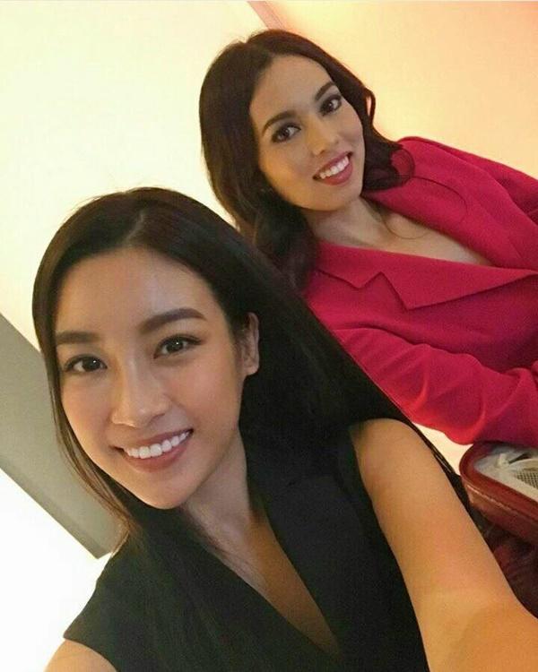 Hoa hậu Đỗ Mỹ Linh đẹp rạng rỡ bên các thí sinh Miss World 2017-2