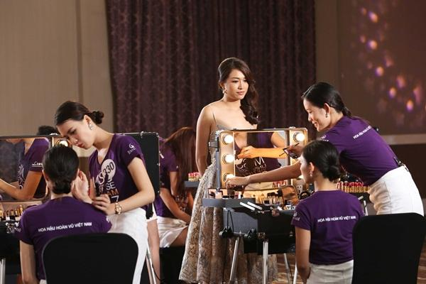 Sau 3 tập thất bại, Hoàng Thùy và Mâu Thủy có chiến thắng đầu tiên tại Hoa hậu Hoàn vũ Việt Nam-2