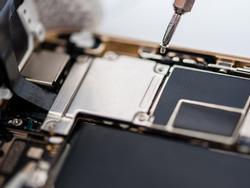 Tại sao phải mua mới iPhone khi chiếc cũ vẫn dùng được?