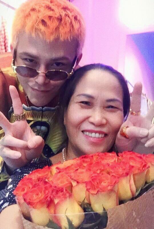 Hot girl - hot boy Việt 22/10: Hot girl Trang Cherry khoe ảnh giường chiếu-5