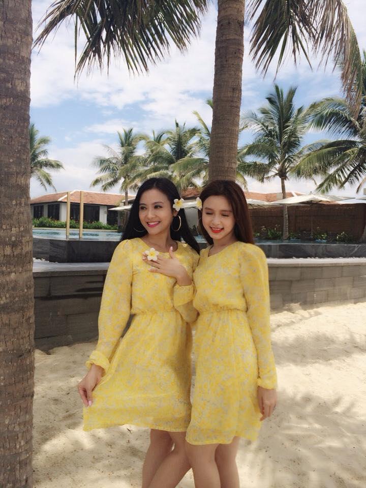 Hot girl - hot boy Việt 22/10: Hot girl Trang Cherry khoe ảnh giường chiếu-3