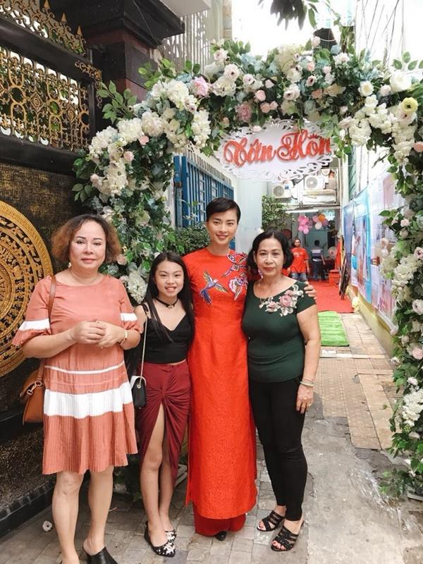 Dân mạng xôn xao trước hình ảnh Ngô Thanh Vân mặc áo dài trong lễ rước dâu-2