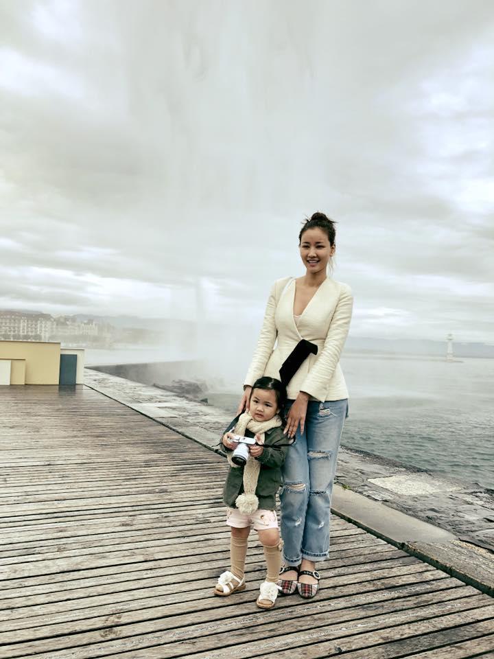 Tin sao Việt 22/10: Trời đang mưa, Ngọc Trinh bất ngờ lên sân thượng để làm điều tuyệt vời-7