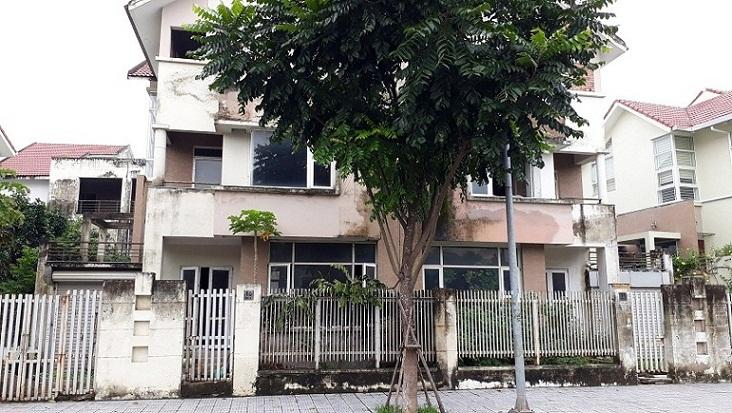 Chuyện tình ri đô trong những căn biệt thự bỏ hoang ở Hà Nội-2