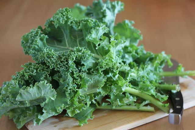 8 loại rau xanh tăng cường vẻ đẹp-2