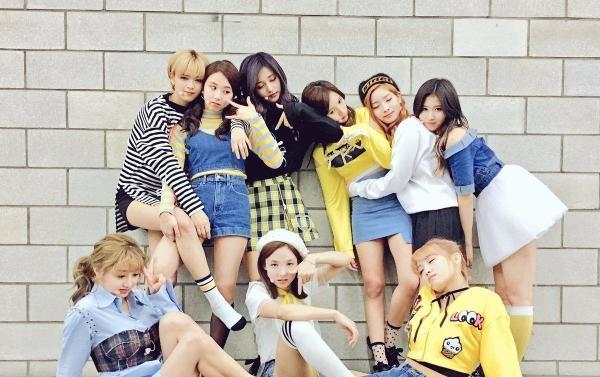 Chỉ có EXO - BTS - TWICE, đây xứng đáng là Dream Concert của Kpop trong năm nay?-4