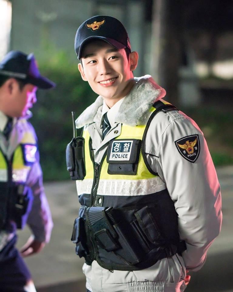 Chân dung nam thứ hot hơn cả Lee Jong Suk trong Khi nàng say giấc-5