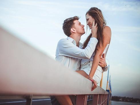 10 dấu hiệu cho thấy người yêu cũ đang muốn và sẽ tìm cách để quay về bên bạn