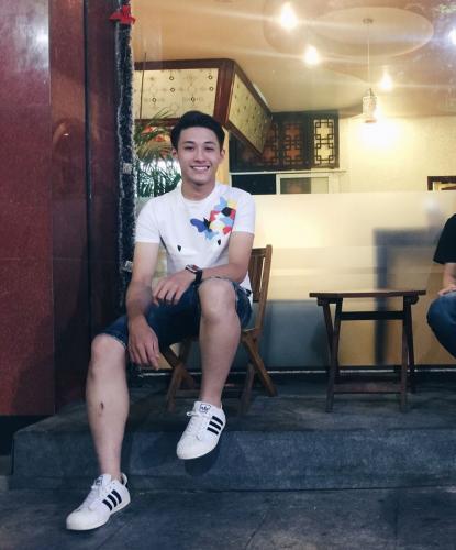 Nam sinh Yên Bái cực điển trai nổi tiếng rần rần sau bức ảnh chụp dìm hàng cậu bạn thân-2