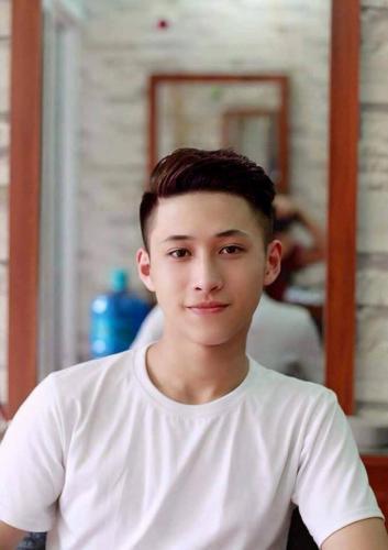 Nam sinh Yên Bái cực điển trai nổi tiếng rần rần sau bức ảnh chụp dìm hàng cậu bạn thân-9