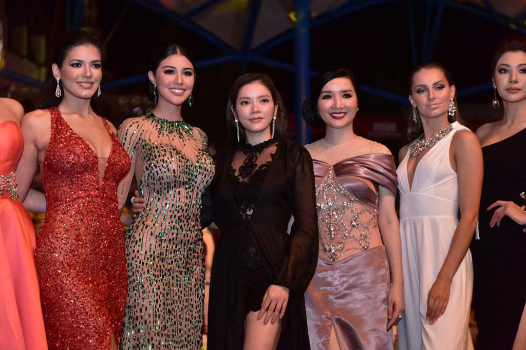 Người đẹp Thái Lan vấp té ngay trên sân khấu Miss Grand International 2017-4