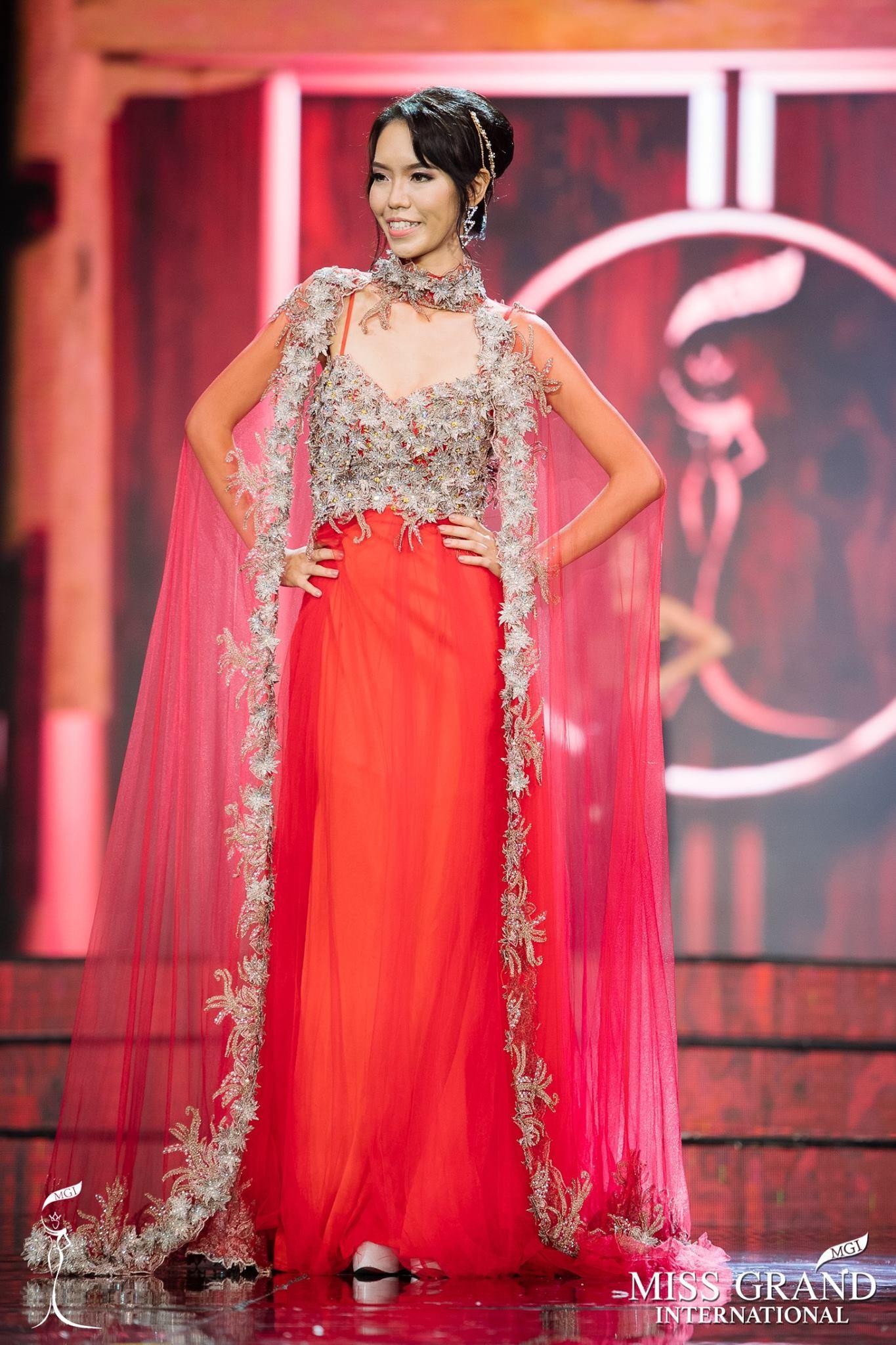 Catwalk tiến bộ, Lan Khuê phiên bản lỗi vẫn bị chìm nghỉm trong bán kết Miss Grand 2017-1