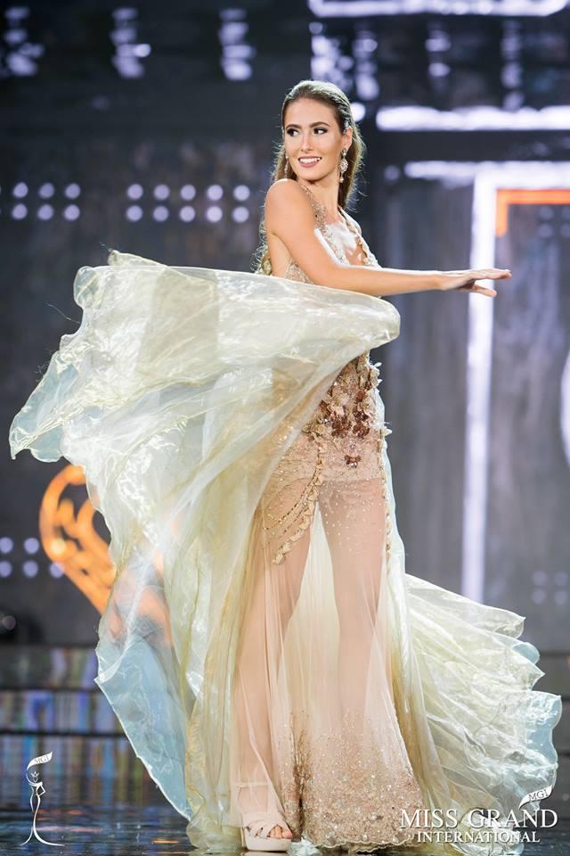 Top 10 bộ cánh dạ hội đẹp xuất sắc ở bán kết Miss Grand International 2017-6