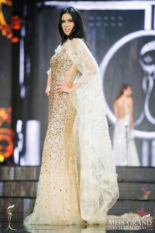 Top 10 bộ cánh dạ hội đẹp xuất sắc ở bán kết Miss Grand International 2017-7