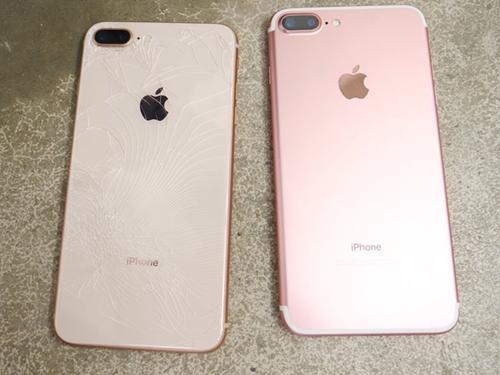 Tưởng iPhone 8/ 8 Plus dễ vỡ, không ngờ 'nồi đồng cối đá' thế này!