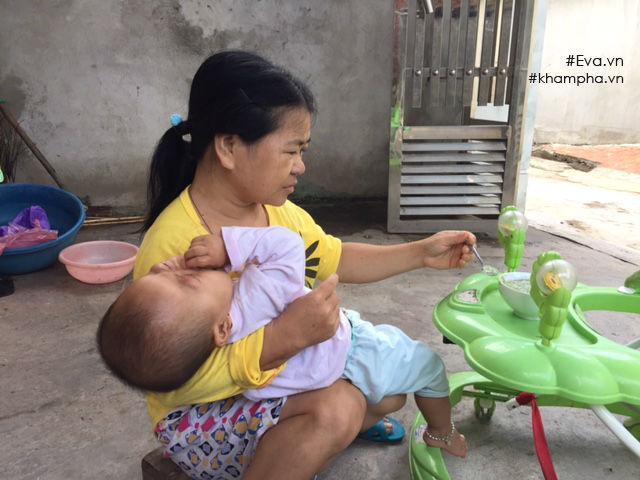 Trở lại ngôi nhà dột nát của người mẹ ngây ngô bị xâm hại dẫn đến sinh con-2