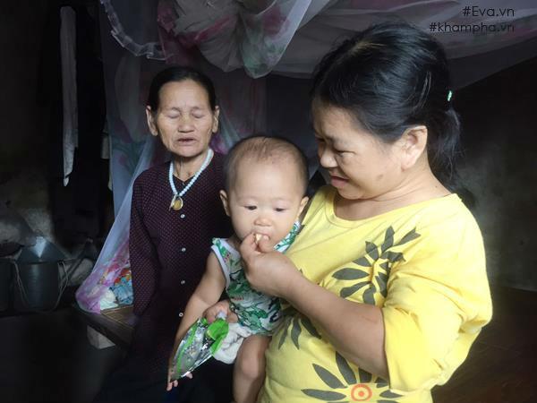 Trở lại ngôi nhà dột nát của người mẹ ngây ngô bị xâm hại dẫn đến sinh con-7