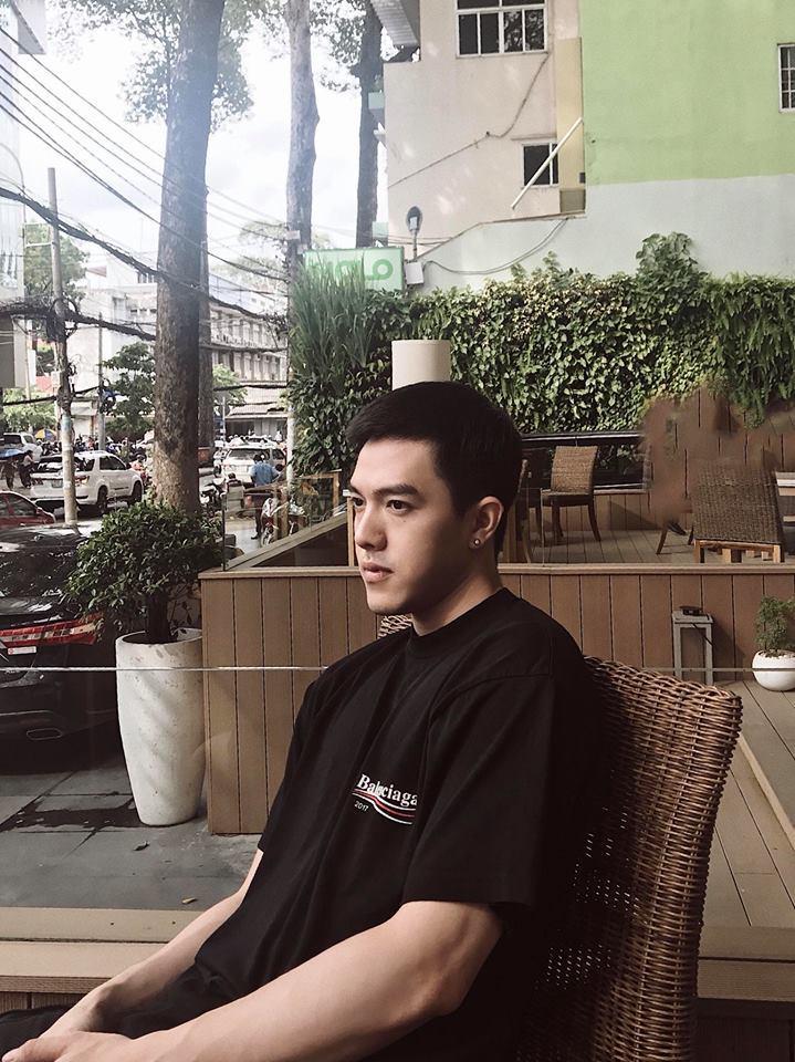 Hot girl - hot boy Việt 25/10: Yến Tatoo hờn dỗi cả thế giới vì cặp lông mày như bị khuyết-8