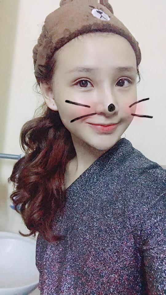 Hot girl - hot boy Việt 25/10: Yến Tatoo hờn dỗi cả thế giới vì cặp lông mày như bị khuyết-1