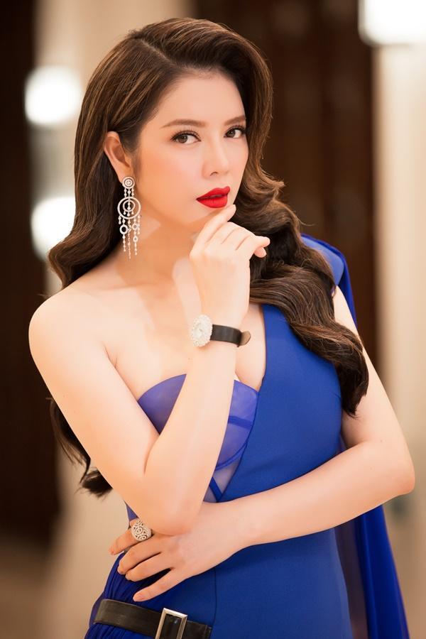 Lý Nhã Kỳ lộng lẫy như bà hoàng ngồi chấm Miss Grand International-3