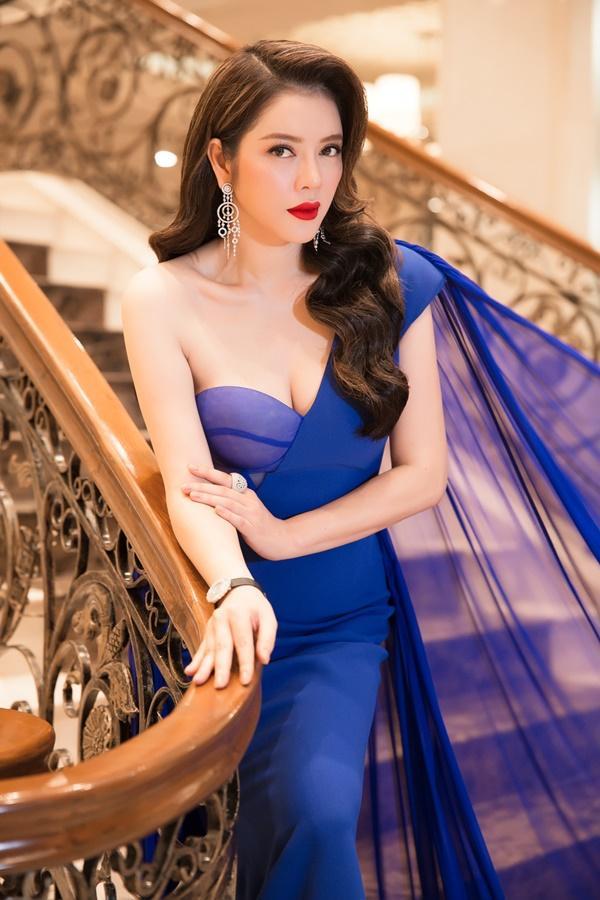 Lý Nhã Kỳ lộng lẫy như bà hoàng ngồi chấm Miss Grand International-5