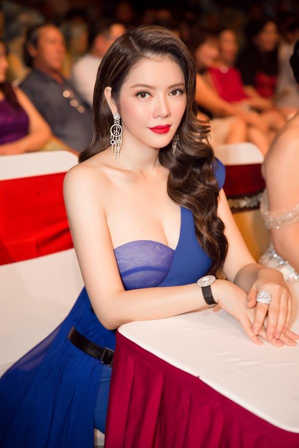 Lý Nhã Kỳ lộng lẫy như bà hoàng ngồi chấm Miss Grand International-9