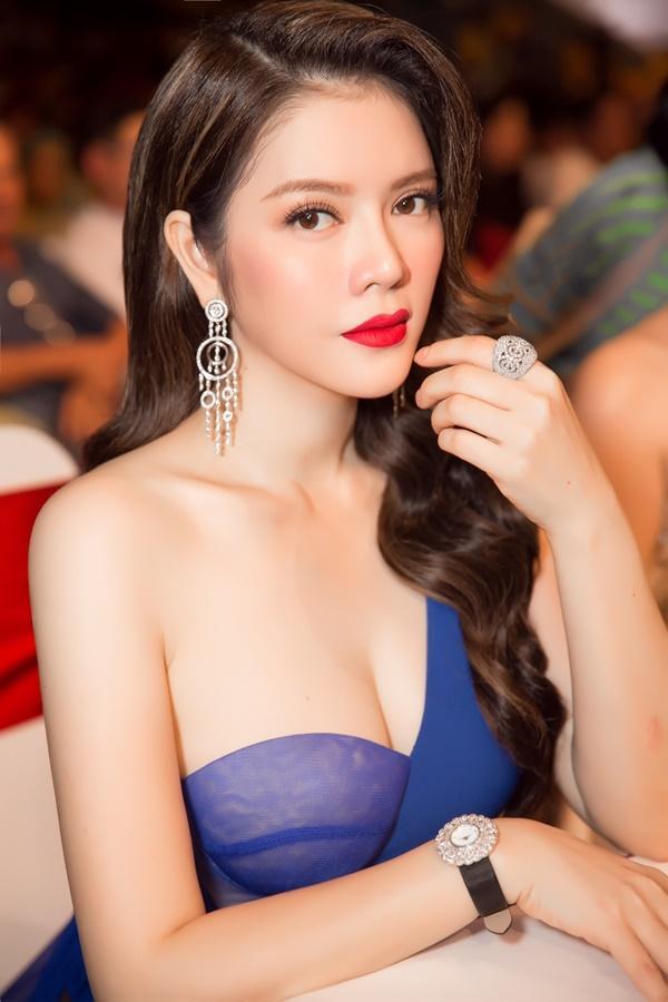 Lý Nhã Kỳ lộng lẫy như bà hoàng ngồi chấm Miss Grand International-11