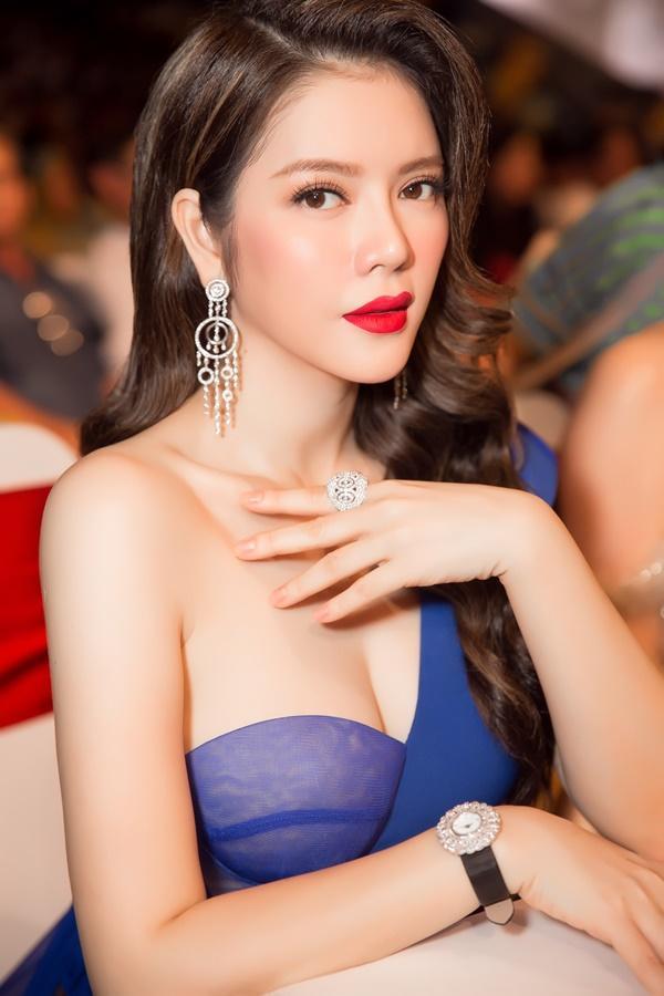 Lý Nhã Kỳ lộng lẫy như bà hoàng ngồi chấm Miss Grand International-12