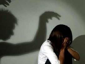 Rúng động: Cô gái bị cha bắt cóc làm nô lệ tình dục 20 năm, sinh 8 người con